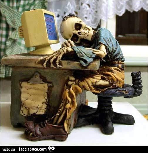 ffam7di7bd-statuetta-di-scheletro-seduto